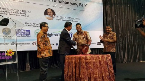 Forum Ilmiah Tahunan Ikatan Surveyor Indonesia – FIT ISI 2015  di Malang